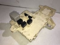99-05 LEXUS IS200 FUSE RELAY BOX + MPX BODY 89221-53100